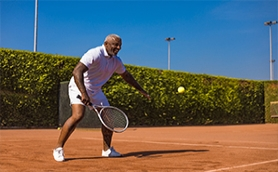 Returning to the Tennis Courts after Your Knee Replacement Surgery